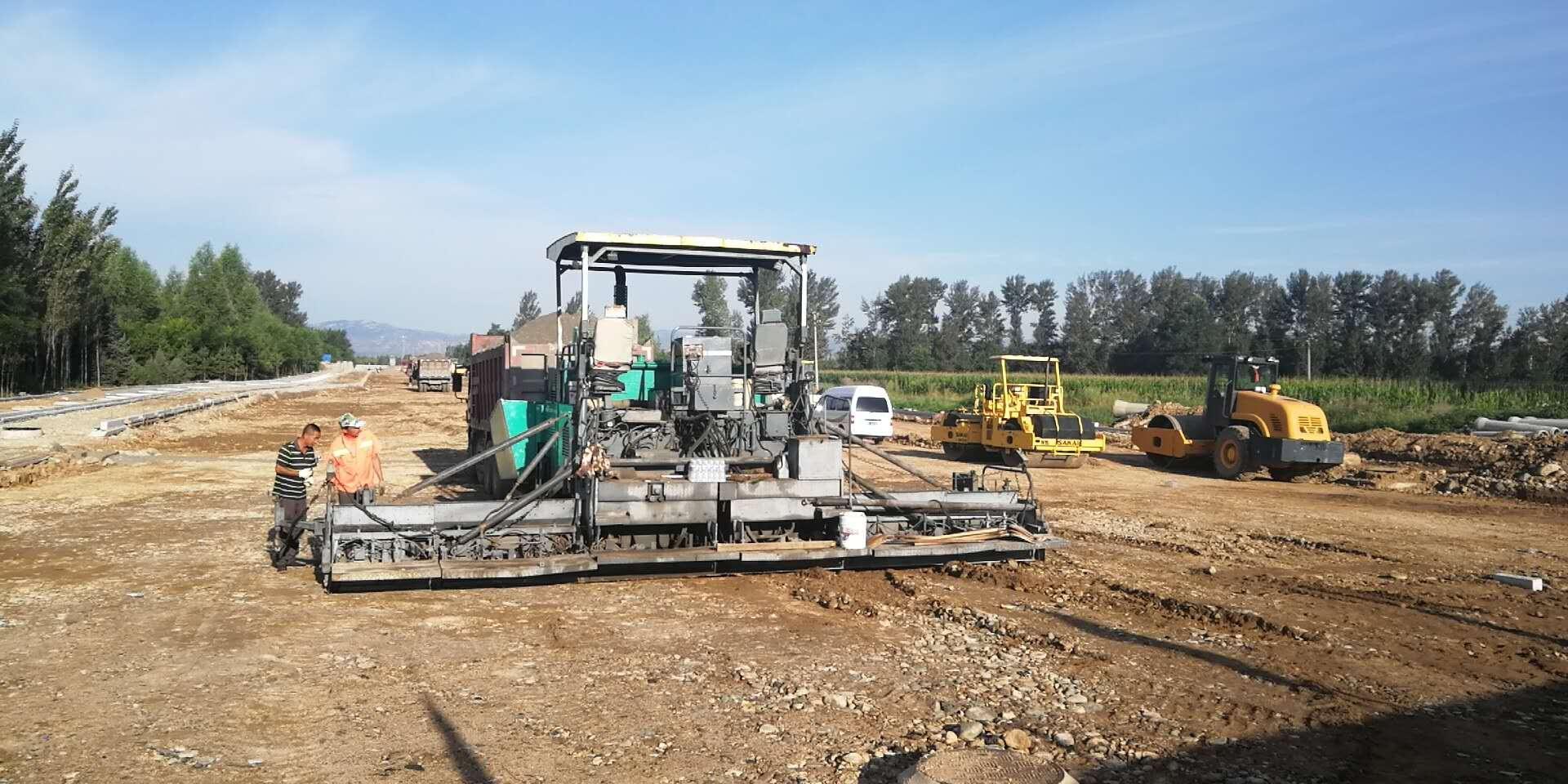 2018年城區新建改造道路建設項目工程施工三標段汾源街道路工程進展情況