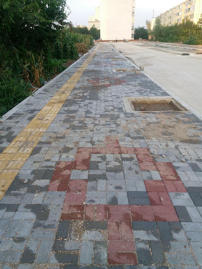 2018年城區新建改造道路建設項目工程施工三標段規劃緯二路道路工程進展情況